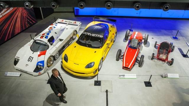 Blick in die Autoausstellung im Verkehrshaus in Luzern.