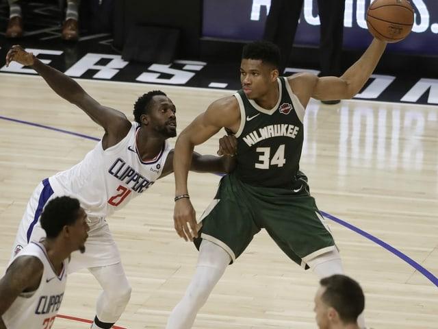Milwaukees Giannis Antetokounmpo im Spiel gegen die Clippers.