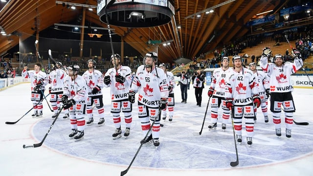l'equipa da hockey dal Team Canada