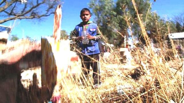 Video «Vormittag auf dem Friedhof, Nachmittag in der Schule» abspielen