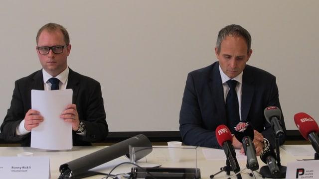 Staatsanwalt Ronny Rickli und Kriminalpolizei-Chef Urs Bartenschlager.