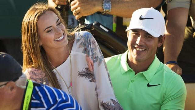 Jena Sims geniesst die Zeit mit ihrem Liebling, der gerade das US Open gewonnen hat.