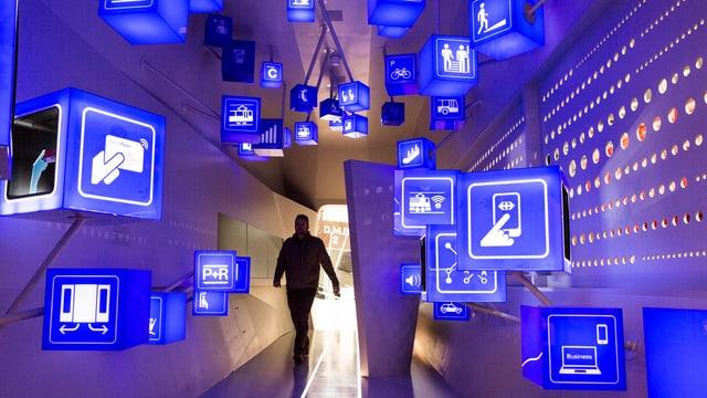 "Part da l'exposiziun ""Mobilitad dal futur"" en il Museum Svizzer da Transports a Lucerna."