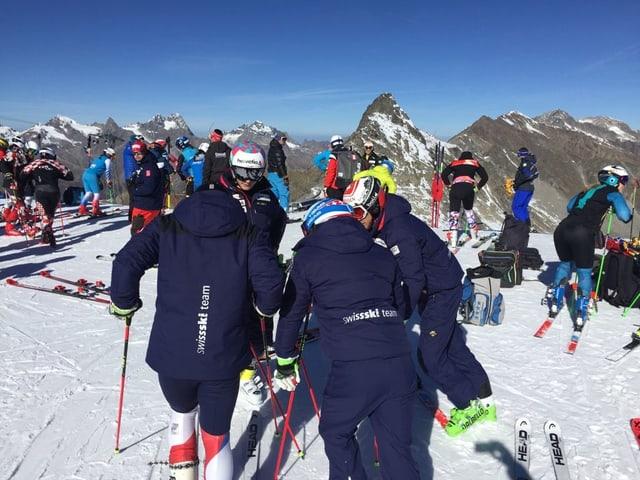 Das Schweizer Team beim Training.