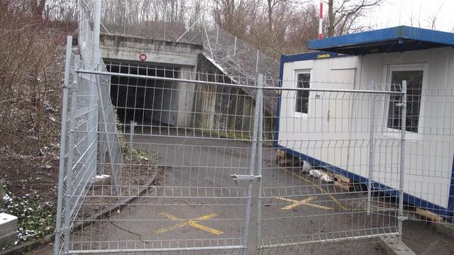 Eingang zur Asylunterkunft