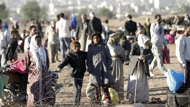 Flüchtlinge in der Nähe der syrisch-türkischen Grenze.