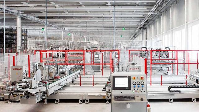 Blick auf Produktionsstrasse