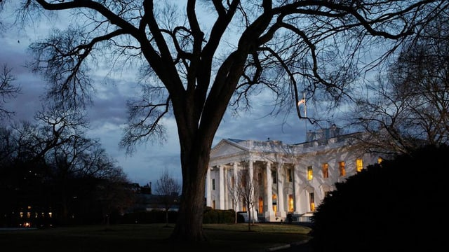 La Chas'alva a Washington da notg.
