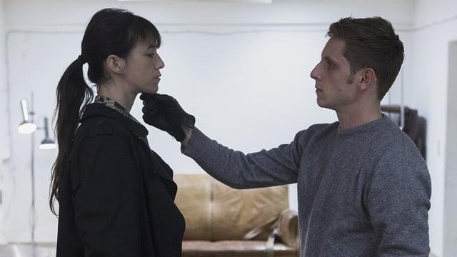 Charlotte Gainsbourg als Joe, Jamie Bell als K.