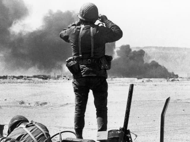Israelischer Soldat im Sinai.