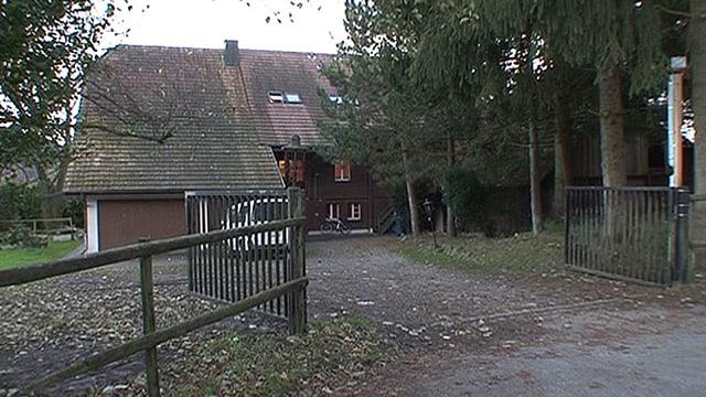 Fertig mit offenem Tor bei der Asylunterkunft in Oftringen: Der Kanton installiert hier einen hohen Zaun und Kameras.