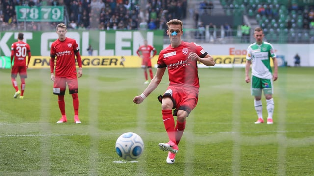 Nicolas Bürgy trifft gegen St. Gallen per Penalty