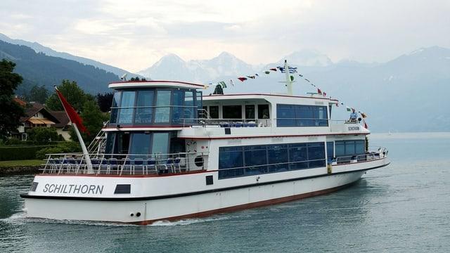 Schiff auf dem Thunersee