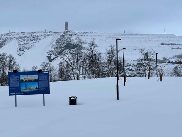 Schild im Schnee