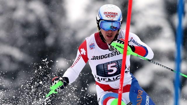 Carlo Janka beim Slalom.