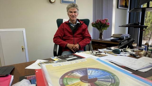 Der Rooibos-Verbandsvorsitzende Martin Bergh in Südafrika.