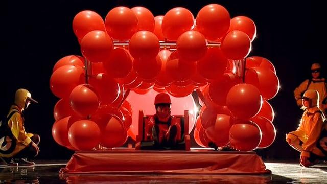 Video «Achtung! Experiment: Das Luftballon-Fahrzeug (29/52)» abspielen