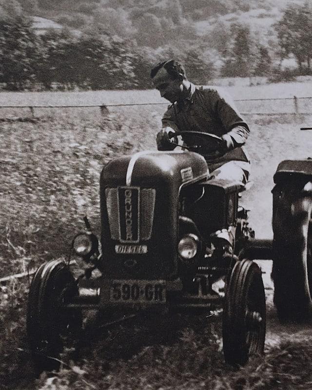 um sin tractor.