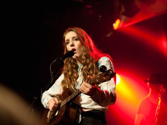 Birdy bei ihrem Auftritt in Zürich.