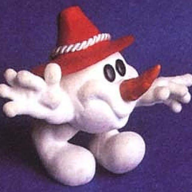 Das weisse Maskottchen Schneemandl mit rotem Hut begleitete die Winterspiele 1976.