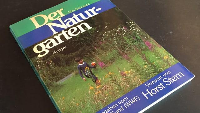 """Buch mit Titel """"Der Naturgarten"""""""