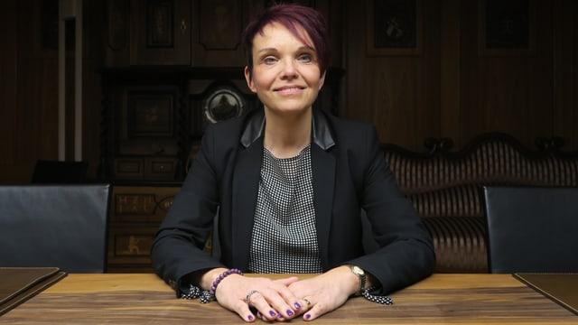 Porträt der Nidwaldner SVP-Politikerin Michèle Blöchliger.