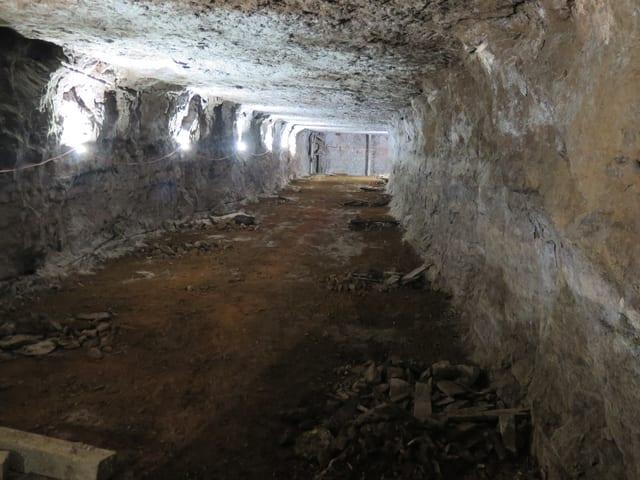 Blick in einen Bergwerkstollen