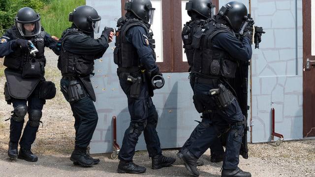Polizei-Spezialeinheit beim Training