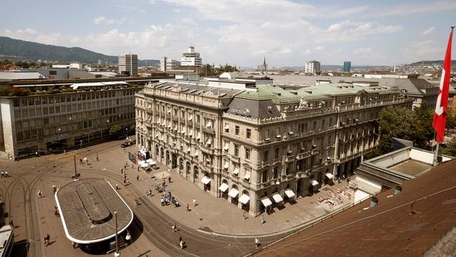 Blick auf den Paradeplatz in Zürich.