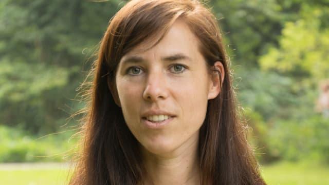 Porträtbild von Eva Meijer.