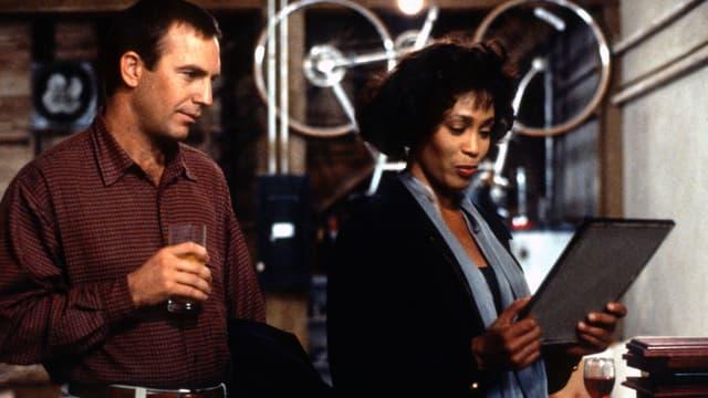 Kevin Costner an der Seite von Whitney Houston.