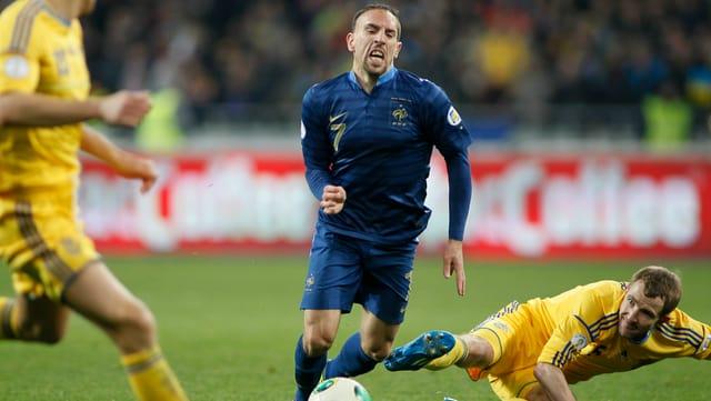Die Franzosen drehten in der Barrage eine 0:2-Auswärtsniederlage und schlugen die Ukraine 3:0 in Paris