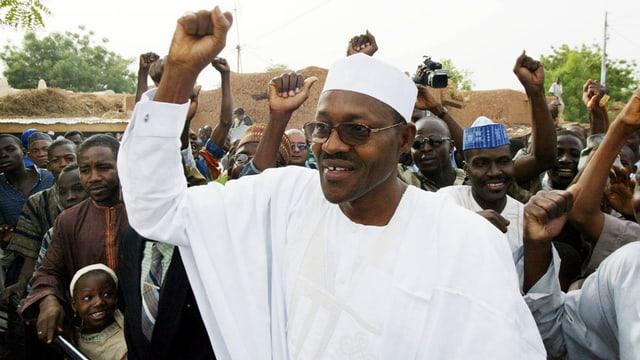 Muhammadu Buhari cun ses aderents.