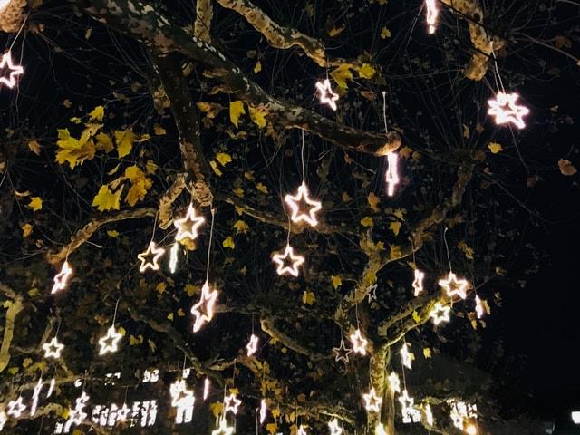 Weihnachtsbeleuchtung in der Stadt Zürich