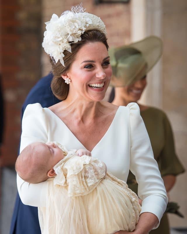 Kate mit dem Täufling