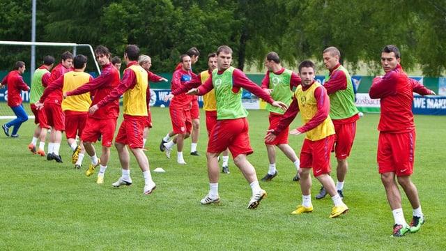 La squadra naziunala da ballape austriaca durant in trenament.