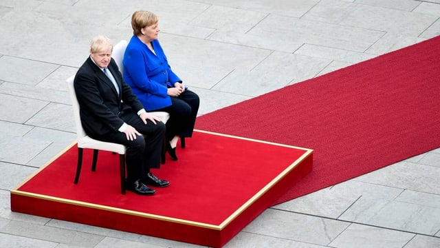 Boris Johnson und Angela Merkel