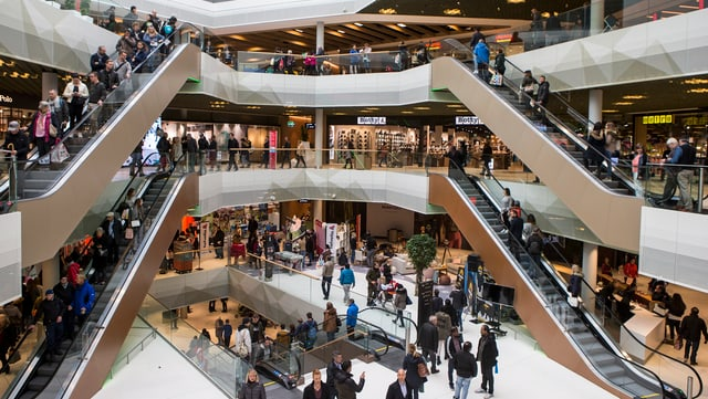 1 Jahr Mall of Switzerland - die Chronologie