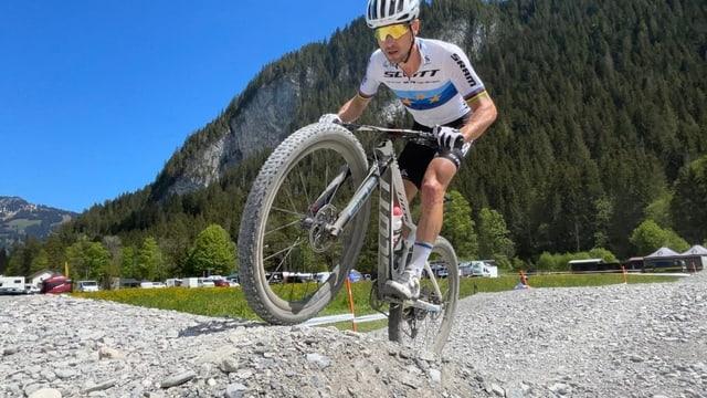 Nino Schurter: «Il segund plaz è stà il maximum»