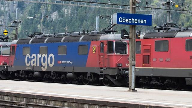 Ina locomotiva da SBB Cargo.