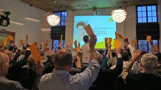 Die Delegierten der Kantonalzürcher CVP nominieren Silvia Steiner einstimmig zur Regierungsratskandidatin.