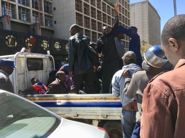 Gewerkschafter werden festgenommen