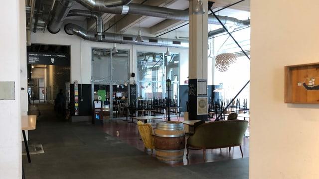 Leeres Restaurant in den Vidmarhallen in Köniz.