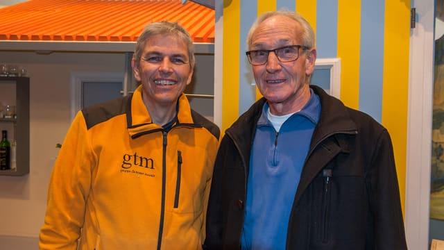 Sigis Beer il president da la gruppa cun Vigeli Lutz  ch'è dapi l'entschatta commember.