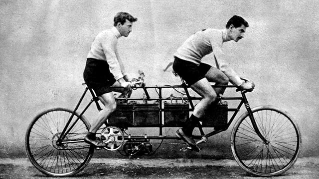 E-Tandem der französischen Firma Clerc et Pingault, 1900.