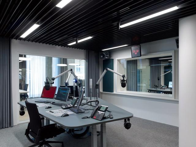 Einblick ins neue Radiostudio in Basel.