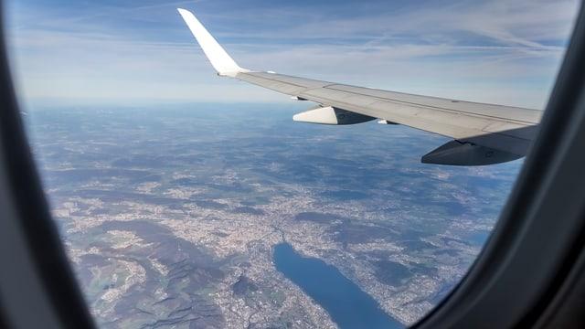 Die Stadt Zürich aus einem Flieger fotografiert.