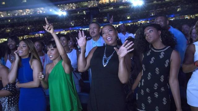 Tiffany Haddish (ganz rechts) in «Girls Trip» neben Queen Latifa (von rechts), Jada Pinkett Smith und Regina Hall.
