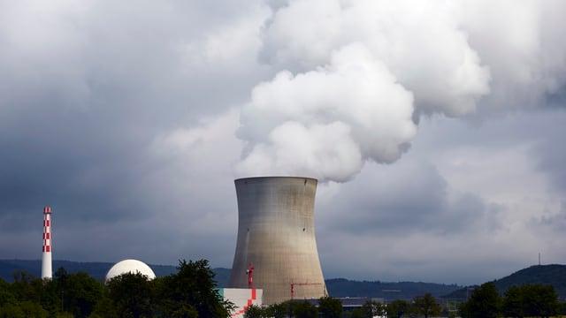 L'ovra atomara da Leibstadt en il chantun Argovia