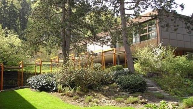 Das Schulhaus Grenzhof im Luzerner Stadtteil Littau.